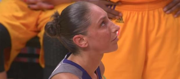 Diana Taurasi and the Phoenix Mercury went for their fourth-straight win on Wednesday night. [Image via WNBA/YouTube]