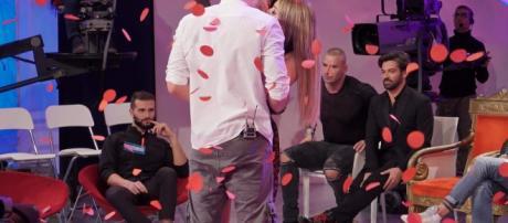 La dedica di Riccardo per Camilla