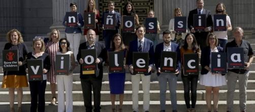 Consenso para tratar una Ley contra la violencia infantil