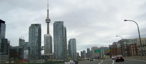 Downtown Toronto (Wikimedia Commons - wikimedia.org)