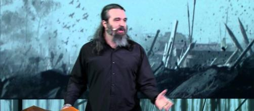 """For Honor"" creative director Jason Vandenberghe just recently left Ubisoft to pursue a different career (via YouTube/Ubisoft US)"