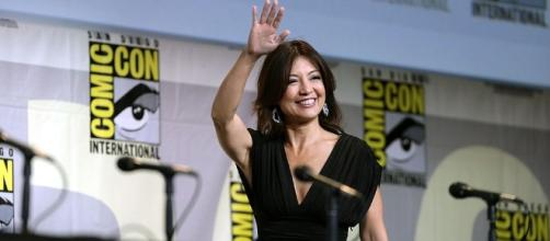 Ming-Na Wen speaking at the 2016 SDCC - https://commons.wikimedia.org/wiki/File:Ming-Na_Wen_(28015724684).jpg