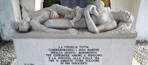 Monumento in ricordo della strage di Sant'Anna di Stazzema avvenuta il 12 agosto 1944