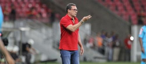 Vanderlei Luxemburgo é um dos principais responsáveis pelo avanço da equipe nos últimos jogos