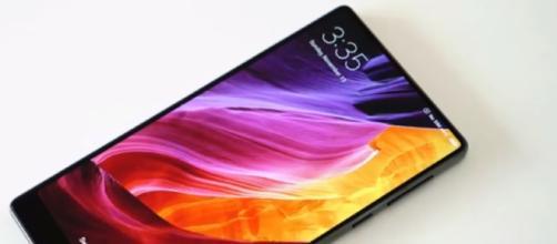 Xiaomi Mi Mix 2 - YouTube/Miror pro Channel