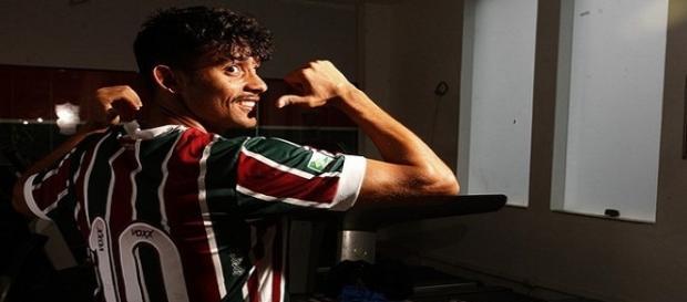 Fluminense acerta novo patrocinador para a parte traseira de sua camisa (Foto: Divulgação/FFC)