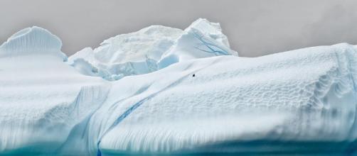 Antarctica iceberg breaks / Photo via Christopher Michel, Flickr