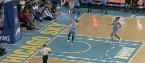 Courtney Vandersloot led the way in another Chicago Sky win with 13 points and nine assists Friday. [Image via WNBA/YouTube]