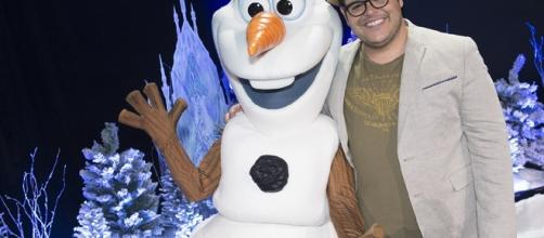 Olaf and Josh Gad/ photo by Disney | ABC Television Group via Flickr