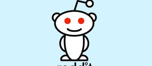 Reddit logo courtesy of Flickr.