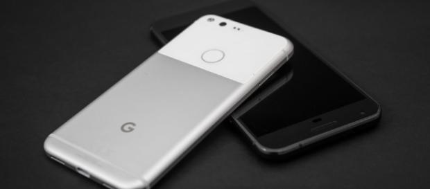 Google wants to know what you'd like to see in the Pixel 2 - mashable.com