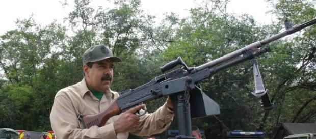 Maduro arma a milicianos civiles - Taringa! - taringa.net