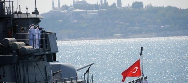 Navio de guerra da Marinha Turca