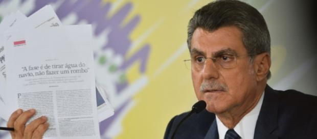 Presidente do PMDB acredita na base aliada