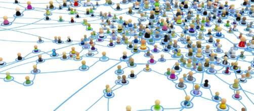 I social network sono il punto d'incontro quotidiano di migliardi di persone