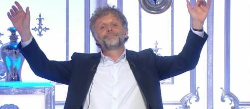 Stéphane Guillon évincé de Salut Les Terriens à la rentrée