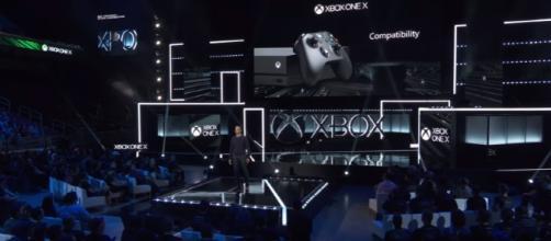 Xbox One X - Reveal E3 2017 $499 - Image - Centerstrain01 - YouTube