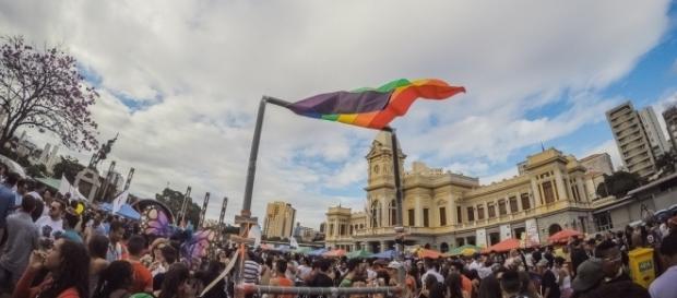 Evento reuniu milhares no centro da capital mineira. ( Foto: Reprodução)