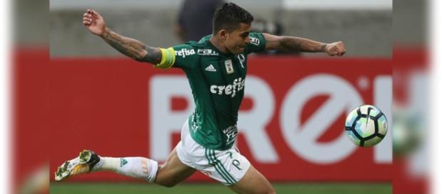 Palmeiras vence o Vitória por 4 a 2, no Campeonato Brasileiro