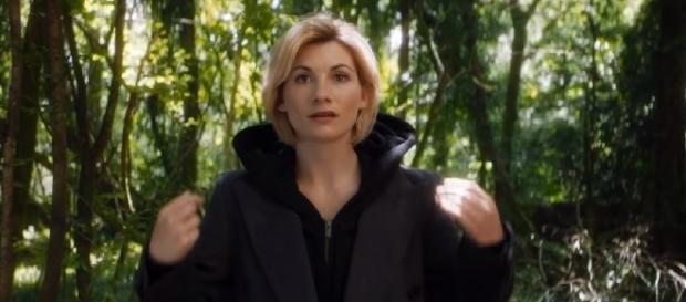 Primeira Time Lady como protagonista.