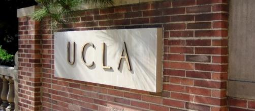 An emergency evacuation was carried out at UCLA post bomb phone-in/Photo via Chris Radcliff, Flickr