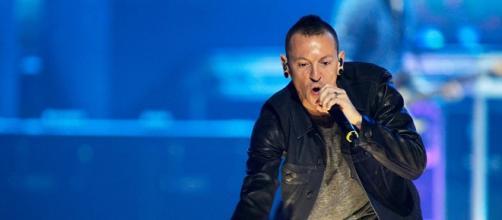 Fallece Chester Bennington, el vocalista de Linkin Park - Sputnik ... - sputniknews.com