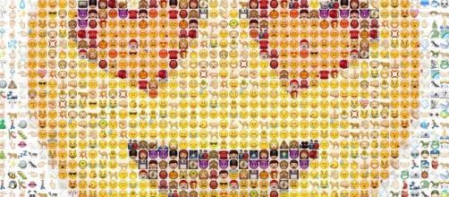 Gli Emoji o emoticons, ne andiamo pazzi sui social network