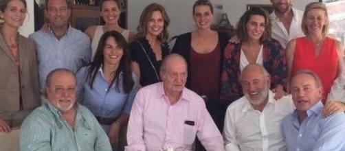 La paella de Arévalo y Bertín al rey Juan Carlos que está dando ... - elespanol.com