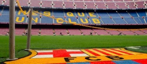 Le FC Barcelone ne lâche pas l'affaire