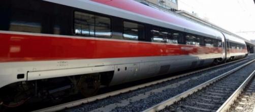 Uno treno della linea Frecciarossa
