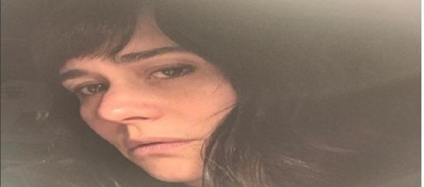 Atriz Alessandra Negrini posta foto sem maquiagem em rede social