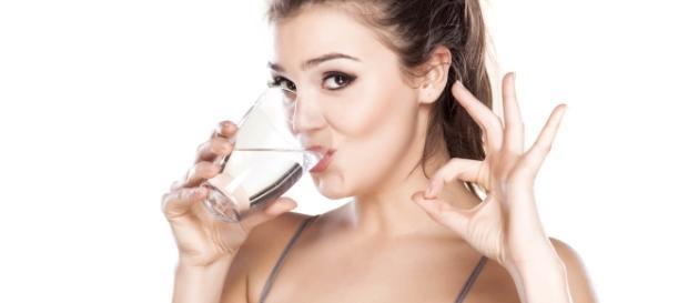 el agua, líquido vital para nuestro cuerpo