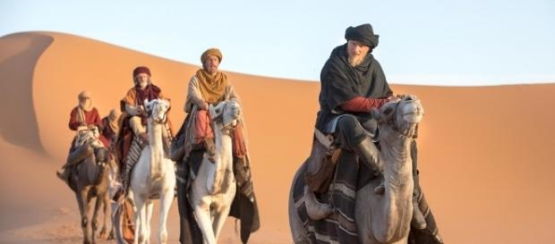 Imagem de Bjorn e Halfdan no deserto (Foto: Reprodução)