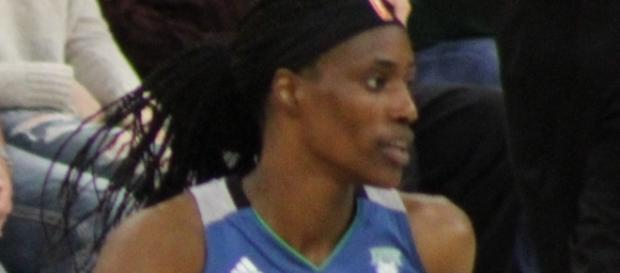 Sylvia Fowles scored 18 points on Sunday to lead Minnesota to a win over Phoenix. [Image via Wikimedia Commons]