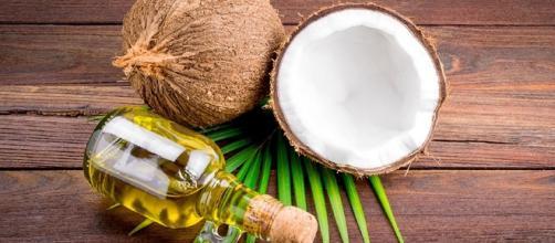 aceite de coco natural y sin aditivos.