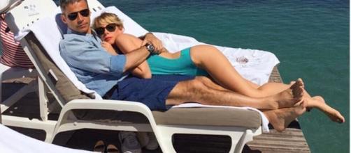Alessia Marcuzzi in crisi col marito?