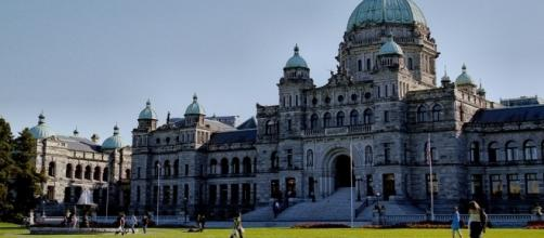 BC Legislature Buildings (Wikimedia Commons - wikimedia.org)