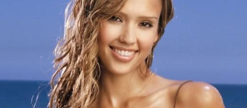 Jessica Alba is pregnant with her third child. Image via YouTube/Looper