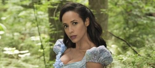 'Once Upon a Time' Cinderella getting new look [Image via Once Upon a Time official Twitter page]