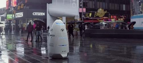 Knightscope K5 on patrol in rainy New York City. - screen capture from YouTube/Knightscope, Inc.