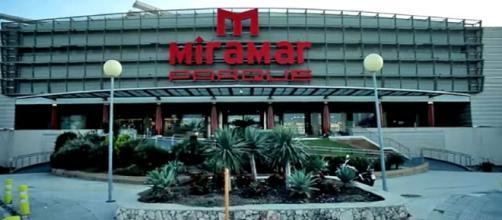 Photo Miramar Parque shopping center Fuengirola Image credit / YouTube/ Centro Comercial Miramar