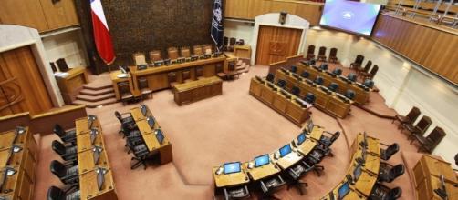 Senado chileno hace historia al despenalizar 3 causales del aborto