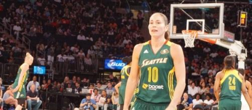 Sue Bird and the Seattle Storm will host the Chicago Sky on ESPN2 Tuesday night. [Image via Wikimedia Commons]