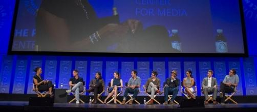 """The Flash"" at the PaleyFest 2015 - https://commons.wikimedia.org/wiki/File:Cast_of_the_Flash_at_2015_PaleyFest.jpg"