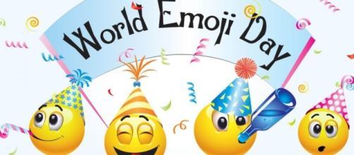 World Emoji Day - July 17, 2017 - Happy Days 365 - happydays-365.com