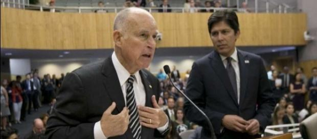 California lawmakers to decide fate of landmark climate law - SFGate - sfgate.com