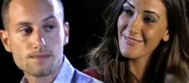Falò di confronto tra Ruben Invernizzi e Francesca Baroni.