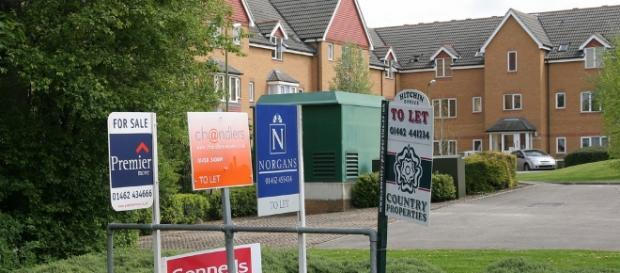 Real Estates demand Image credit: Wikimedia Commons Wiki