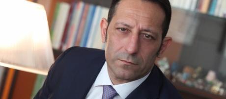 L'avvocato Rotondi, cofondatore di LabLaw Milano, esperto in Diritto del Lavoro.