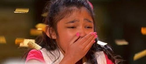 "Angelica Hale got Chris Hadwick's golden buzzer on the first ""America's Got Talent"" Judge Cuts for Season 12.Screencap Jeff Free/YouTube"